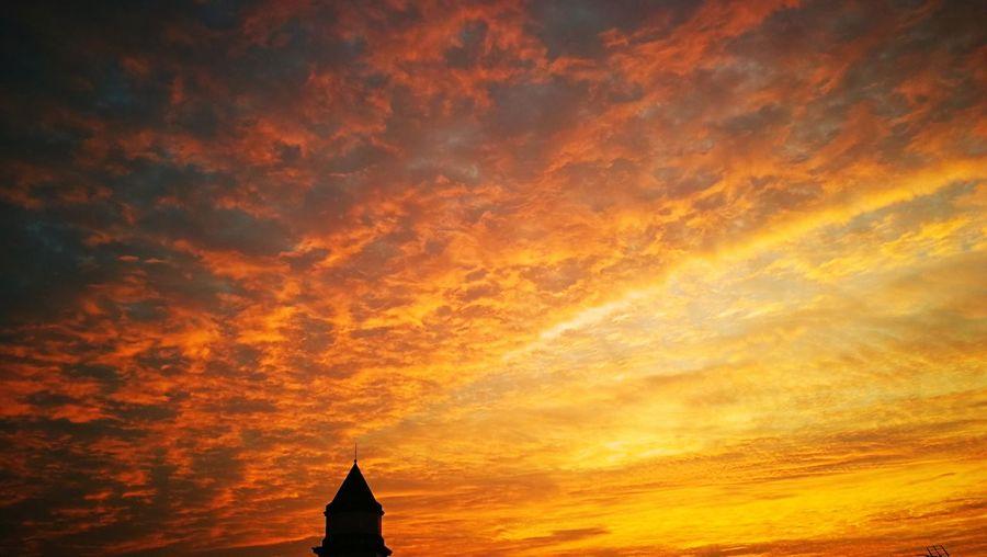 L'AlbaDiUnNuovoGiorno🌞 Sunrise_Collection Sunrise Sky Beauty In Nature