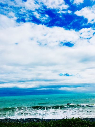 EyeEmReady Sea Sky Cloud - Sky Scenics Beauty In Nature Horizon Over Water EyeEmNewHere Water Nature Beach Blue Wave No People Tranquil Scene Tranquility Outdoors Day EyeEm Ready