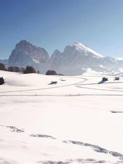 Mountainscape Wintertime Mountain View Winter Wonderland Mountain Peak Winter Landscape White Paradise White Heaven White Paradise Sea Of Snow Snow Covered Alpe Di Siusi White Color White Background Mountains Dolomites Travel Destinations Mountain Snow Cold Temperature Beach Clear Sky Sand Frozen Snowcapped Mountain Winter Polar Climate Deep Snow Natural Landmark