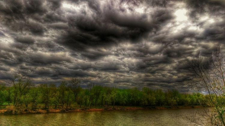Meramec River Of Murder Eye Am Nature Head In The Clouds Into The Darkness The Imourist Calm Before The Storm Show-me-state Of Mind A River Runs Through It Skystalking  Stormembracing Treescape