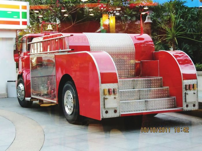 Classic Fire Brigade Fire Brigade Public Display Fire Engine Red Land Vehicle Vintage Car
