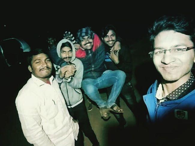 Enjoying wid friends Best Frends Mind_BlOwing Everyone Enjoying Life