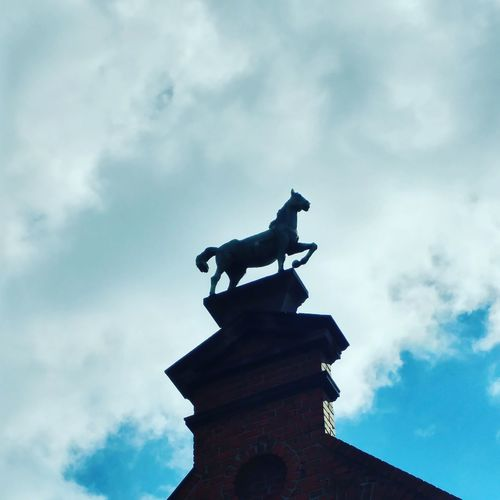 Statue Cloud - Sky Architecture Horse Sky Galloping Gallopingintheclouds