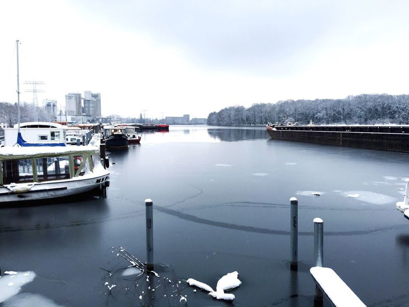 Snow Ice River Boat Winter Spree Harbour It's Cold Outside