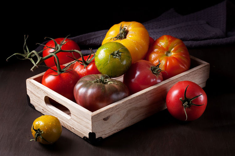 Close-up Day Food Food And Drink Freshness Fruit Healthy Eating Indoors  No People Red Still Life Tomato Vegetable Wood - Material Yellow