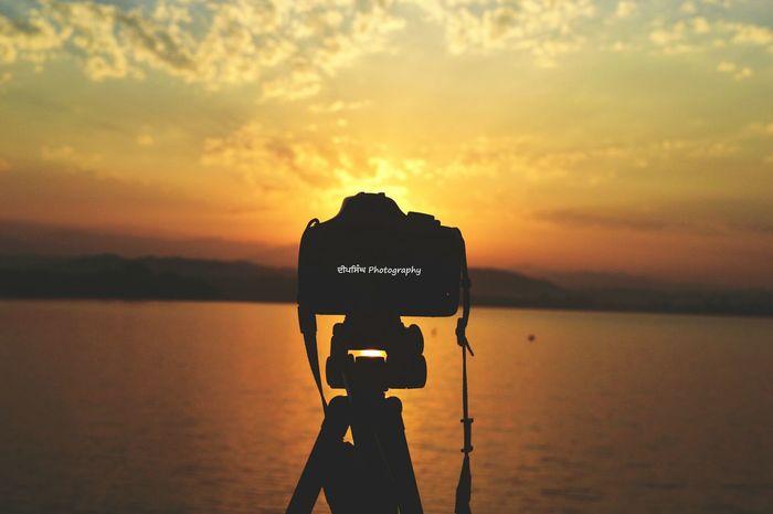 Dailyphoto Photooftheday PhotoADay Awesomesky LakeLovers Lakephotography Beautyofnature Beautifulview Captureoftheday Sunriseshot Perfect Timing DeepsinghPhotogaphy