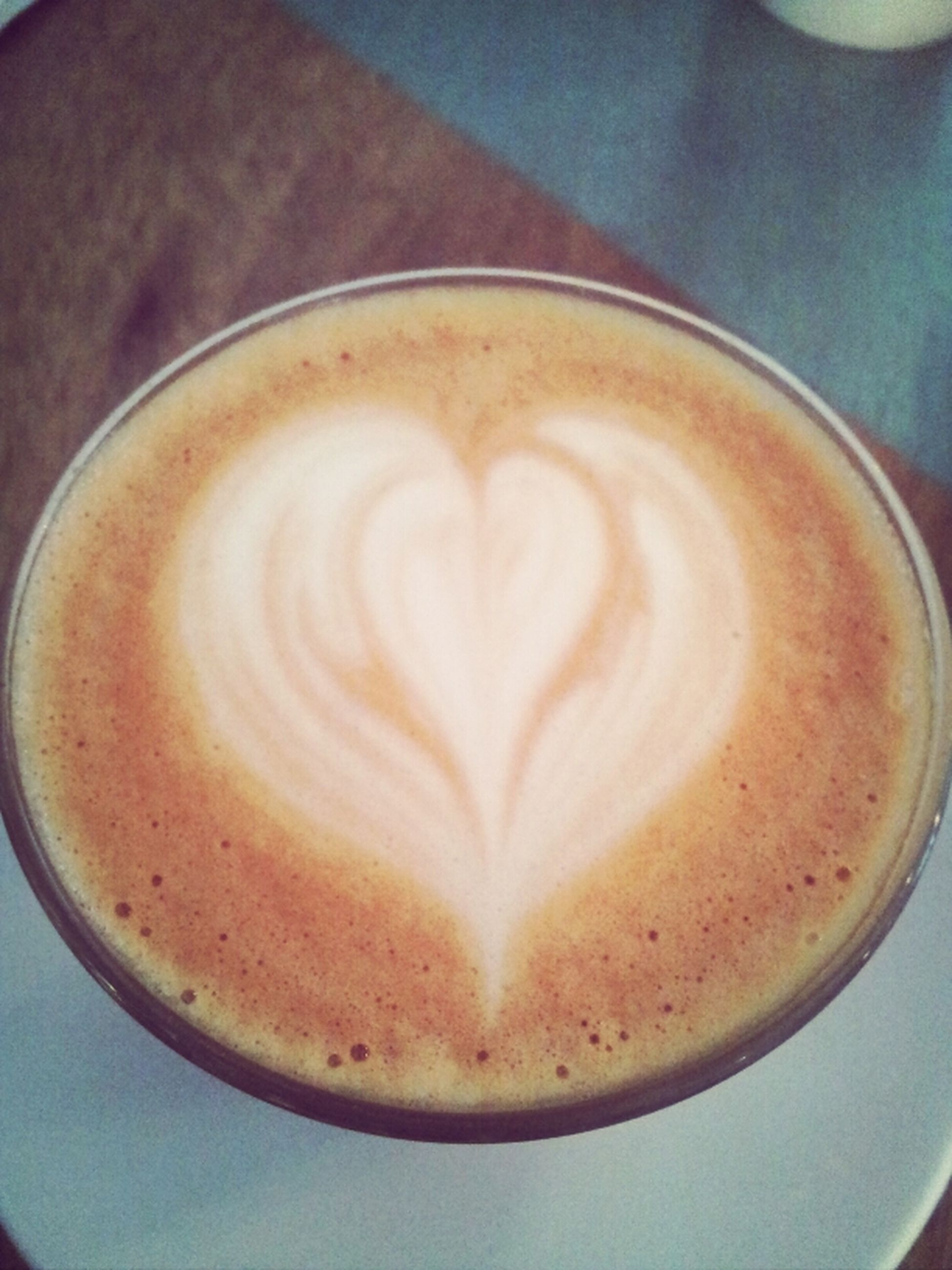 coffee cup, drink, refreshment, food and drink, froth art, cappuccino, frothy drink, coffee - drink, saucer, indoors, coffee, freshness, table, close-up, latte, still life, cup, high angle view, art, heart shape