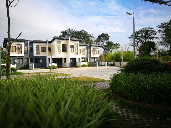 home sweet home EyeEmNewHere Architecture Building Exterior Built Structure Residential Building