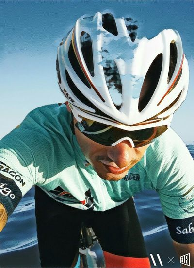 Abstract Ciclismo Autoretrato Selfie✌ Selfies Selfie ✌ Sport One Person Headwear Leisure Activity Helmet Front View Lifestyles Sports Helmet Men Activity Bicycle Competition Sportsman
