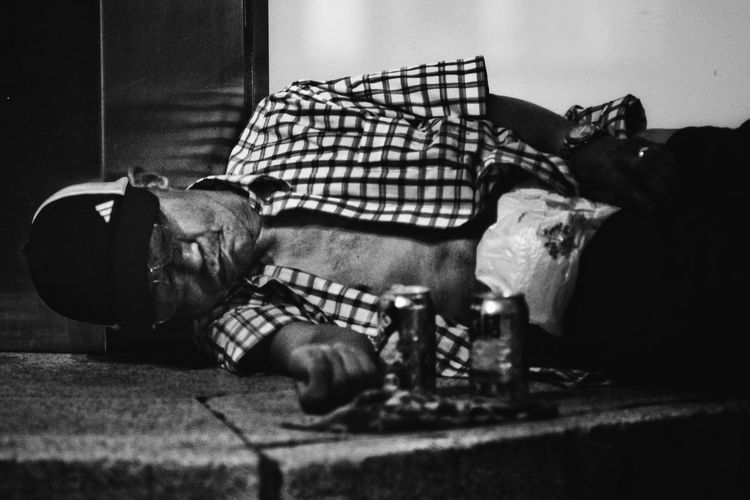 Blackandwhite Clochard Close-up Comfortable Day Domestic Animals Homeless Japan Lying Down Mammal No People Relaxation Resting Selective Focus Sleeping Sofa Streetphotography The Street Photographer - 2016 EyeEm Awards Night Night, Sleep Tight
