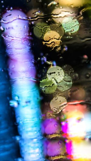 Water Multi Colored No People Close-up Indoors  Full Frame Backgrounds Animal Themes Selective Focus Animal Wildlife Animal Wet Nature Transparent Glass - Material Art And Craft Pattern Creativity Purple Marine