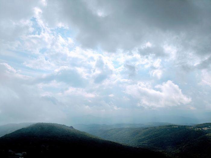 Knocking on the Sky Mountain Fog Sky Landscape Cloud - Sky Sky Only Fluffy Cloudscape Wispy Heaven