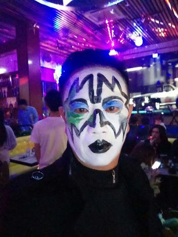 Halloween Make-up KISS Face Edenmandom Selfie ✌ Illuminated Nightlife Portrait Arts Culture And Entertainment Performance Celebration Young Women Headshot Face Paint