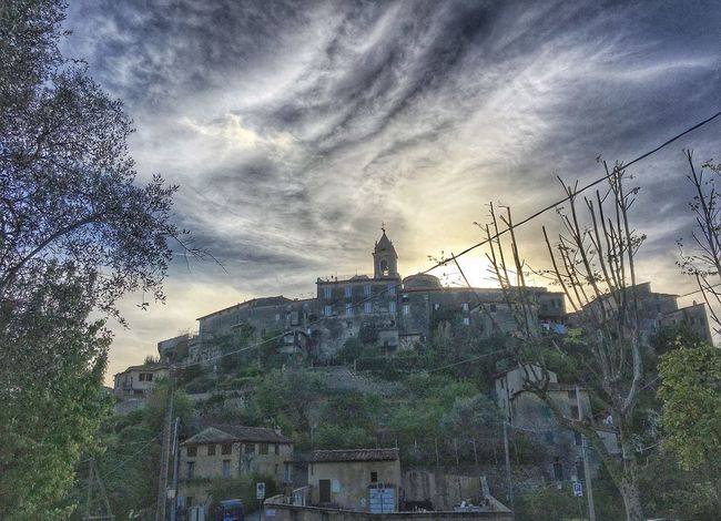 Architecture Building Exterior Built Structure Cloud Cloud - Sky Cloudy Day Exterior Growth IPhoneography Italy Medeival Medieval Architecture Nature No People Outdoors Overcast Residential Building Residential District Sky Town Travel Destinations Tree Tuscany Weather