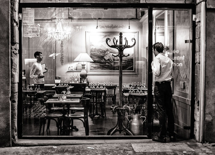 Blackandwhite Cityu Europe Fragility Landscape Lifestyle Men People Restaurant Store Travel Water Welcome To Black Black And White Friday