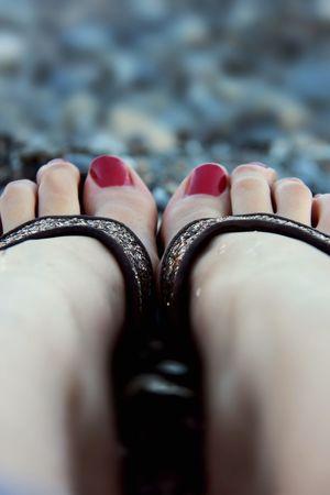 Feet Steinstrand Stone Beach Creta Sea Greece Holiday POV Rednails Flipflops Feets