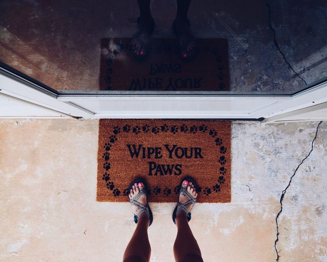 Words Paws Welcome Welcome To My World Front Door Lifestyles Life Lifestyle Feet View Viewpoint