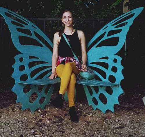 Butterfly chair & college student Young Woman Young Woman Smiling #EyeEmNewHere Park Chair Metalwork Buttefly Portrait Full Length Smiling Women Happiness Posing Seat Haute Couture Ceremonial Make-up EyeEmNewHere