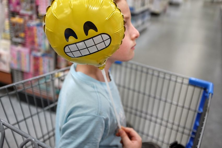 A Day In The Life Baloons Botany Candid Emoji Everyday Lives Shoot Your Life Shopping Shopping Cart Shopping Trolley Smile Walmart