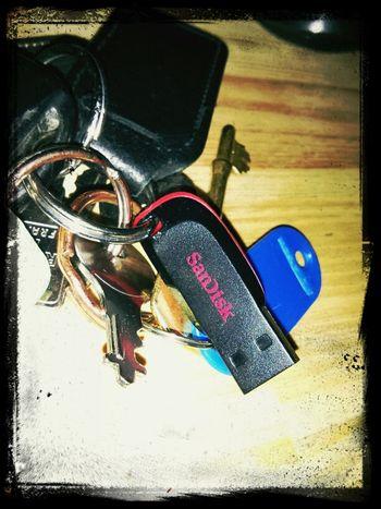 16 GB memory stick on a key chain