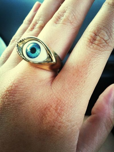 This Scary Eye Ring ▲