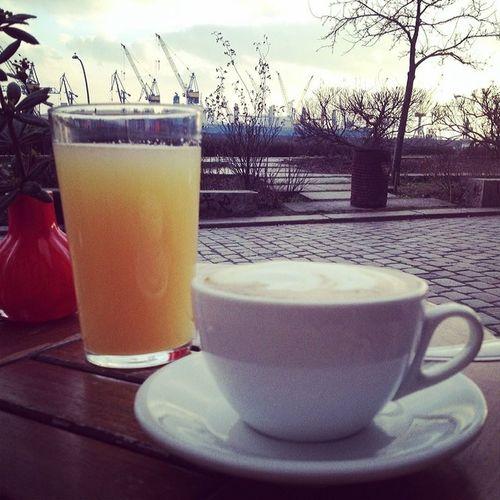 draußen mit decke. #hamburg #hafen Hafen Hamburg