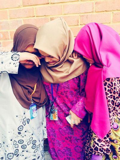 Drama Queens Friendship Cryinginside