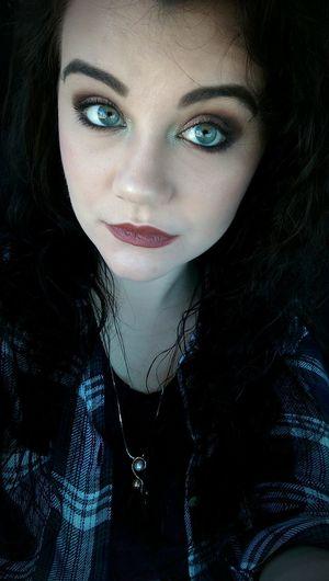 Grungy II That's Me Smokey Eye Mobilephotography Eyebrows On Fleek Makeupaddict Me Myself And I Grunge Matte Lipstick