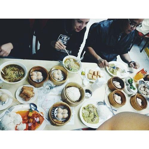 Lunch. Kung bet niyong magpataba, magpalipat kayo sa Team Rockers. :)) WaiYing ChineseRestau LamunPa !