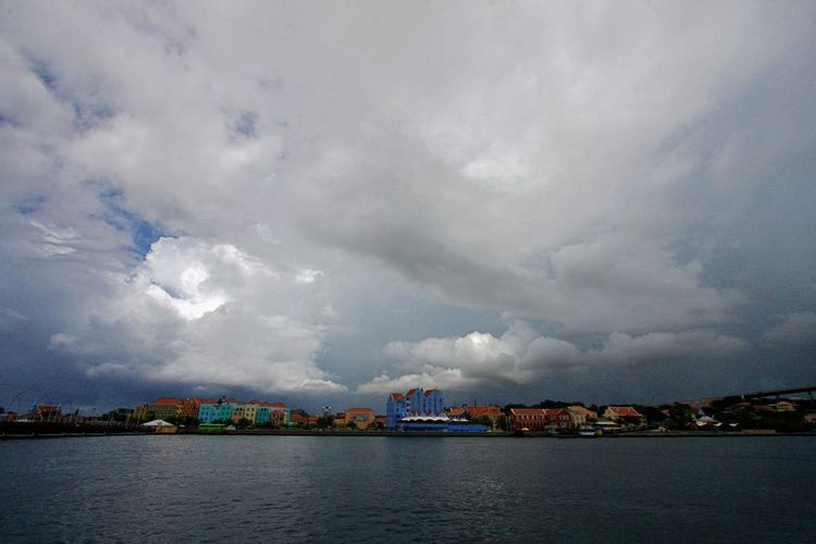Architecture Building Exterior Built Structure City Cityscape Cloud - Sky Day No People Otrabanda Outdoors Sky Waterfront