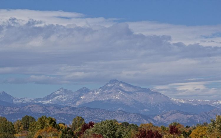 View of the mountains from a Denver, Colorado suburb. 55-250mm Beauty In Nature Canon Rebel T3i Cloud - Sky Colorado Fashion Landscape Leaves Changing Color Mountain Mountain Range Nature No People Outdoors Rocky Mountains USA Scenics Sky