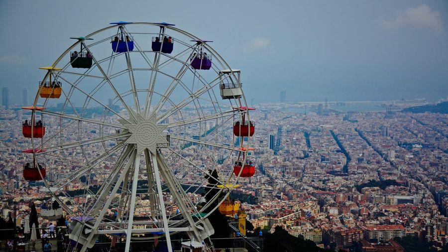 Ferris wheel against sky