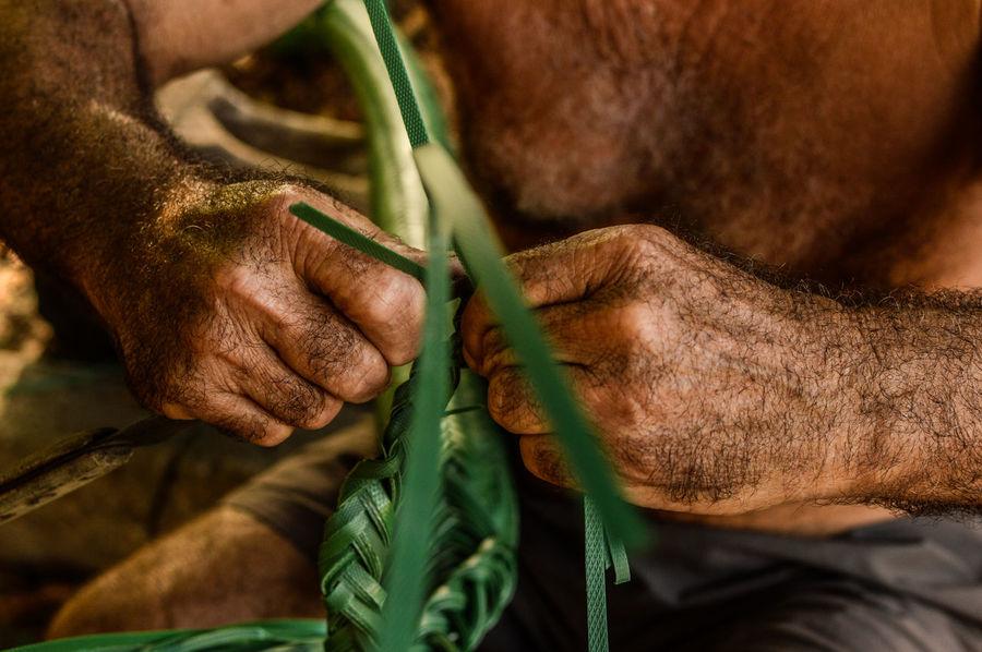 Feitura do Tipiti - São João da Ponta, Pará/2017 Cultures Culture Mãos Brasil Human Hand Knitting Needle Leaf Close-up First Eyeem Photo Summer Road Tripping