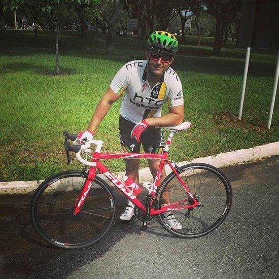 Depois de muito tempo, reaprendendo a andar de bike... Valeu pela força @tiago_decastro! Rs Vamoqvamo Bikespeed Fastascan