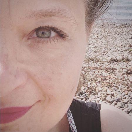 Seaside Self Portrait Happy Day Sunshine Pebbles Capturing Freedom ThatsMe Hello World EyeEm Portrait