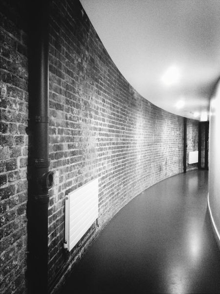 Blackandwhite Architecture_bw Wall Throw A Curve Roundhouse