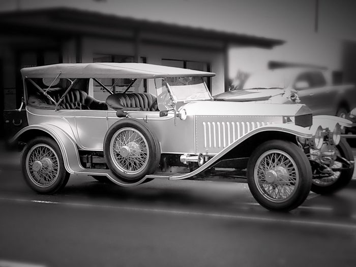 Blackandwhite Antique Vintage Classic Limited Limitededition Black And White Rolls Royce Ghost Rolls Royce Silver Ghost Transportation Mode Of Transportation Land Vehicle Car Motor Vehicle Architecture Retro Styled Headlight Selective Focus Street Stationary Luxury Vintage Car