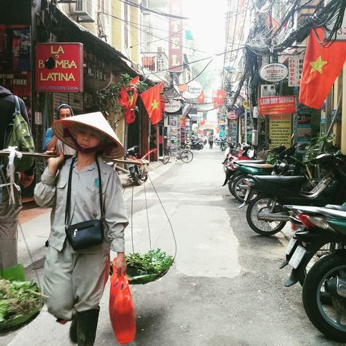 old quarter of Hanoi, Vietnam. What an experience Hanoi, Vietnam Streetlife Chaos And Order Beautiful Different Real People Atmospheric Mood Phone Photography