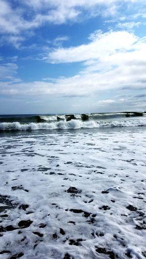 Walls of ocean