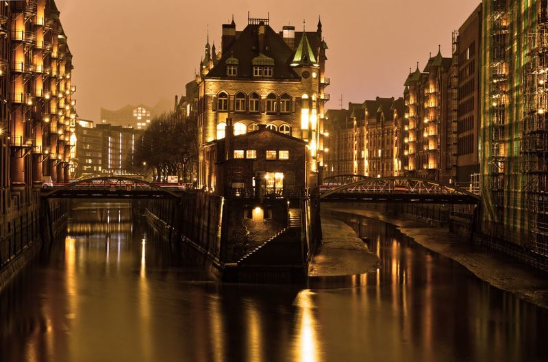 Wasserschloss Hamburg EyeEmNewHere EyeEm Best Shots EyeEm Gallery Sony A6000 Speicherstadt Hamburg Hamburger Built Structure Building Exterior Sky