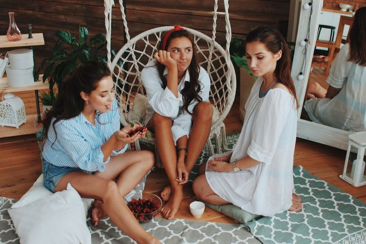 Sitting Women