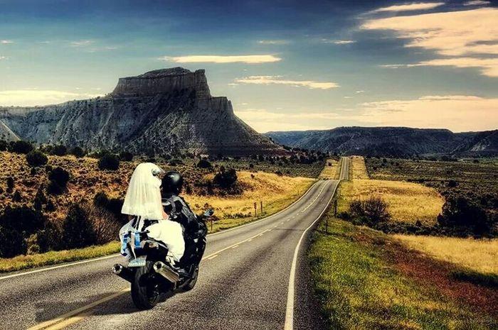 algun dia seremos asi tu y yo❤. Dreaming My Life Away ♥ Dreaming With My Love In Love ♡  Motorcycles