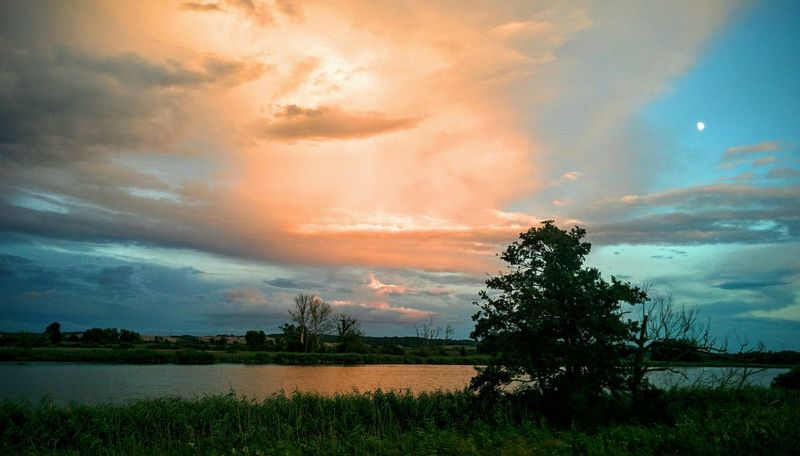 Sunset colors, Gartz Germany, Nexus 5 Mobilephotography Nexus5 Nexus5photography Nexus5click Nexus5graphy Gartz Sunsetcolors