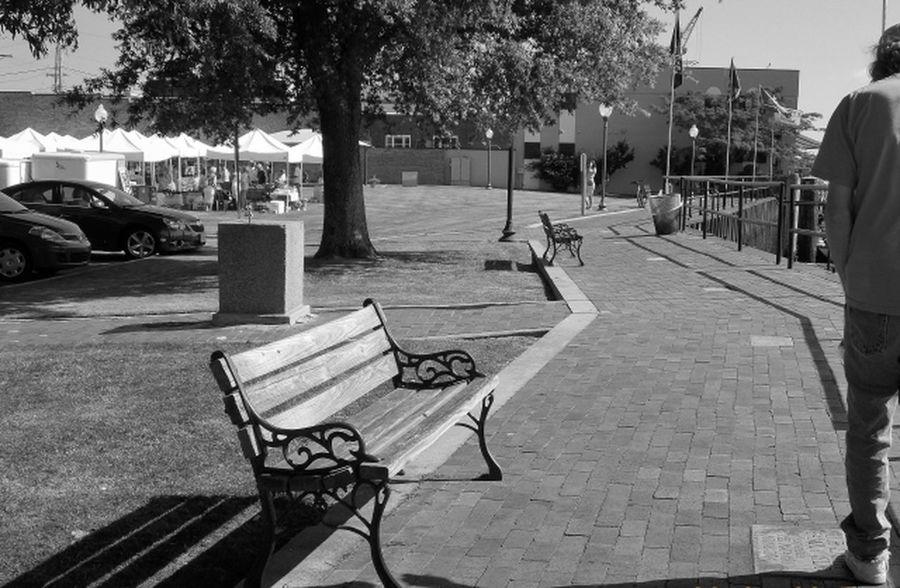 Black & White Coastal Carolina Nikon L810 Waterfront Market
