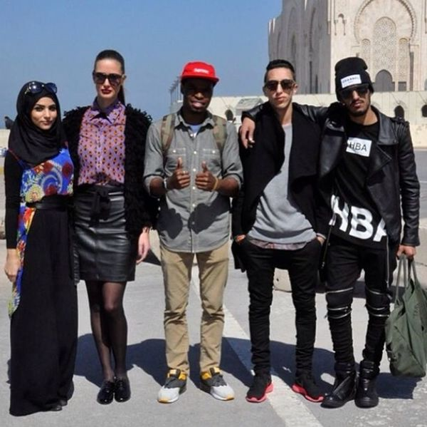 Best Fashionable People In Morocco Fashion Blogger Shooting Day Casatoparisblog @aminaallam @mohcineaoki @shaimaae @langstomhues