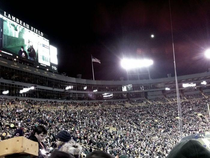 Even the Moon watched our defeat. Lambeau, you're beautiful. :) GoPackGo Seasontickets Dabearsstillsuck