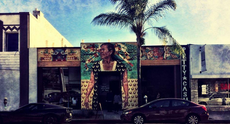 Restaurant Los Ángeles LA的街道,許多充滿設計感的店面,一瞬間吸引你的目光,停下腳步才得以了解他