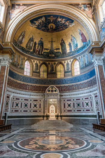 Interior view of Archbasilica of St John Lateran in Rome. It is the oldest among the four papal major basilicas. Archbasilica Of St. John Lateran Architecture Basilica Church Place Of Worship Apse Arch Archbasilica Architecture Built Structure Day Historical History Indoors  Indoors  Interior Letran No People Place Of Worship Religion Travel Destinations
