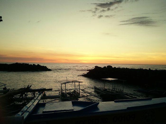 Sunset Yellow Orange Beach Shore Boat Amazing Parasresort Camiguin Philippines
