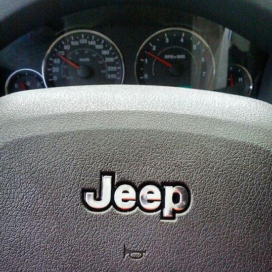 En honor a Rene jajaja Fun Jeep 4x4 Grandcherokee  laredo